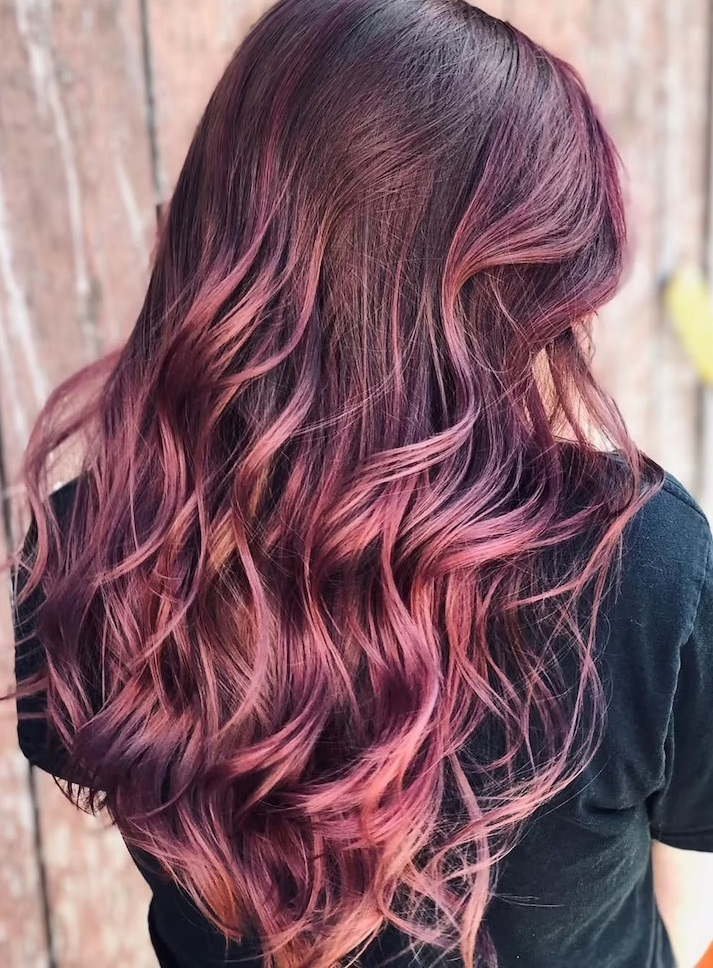 Gorgeous Balayage Black and Rose Gold Color Trend for Hair