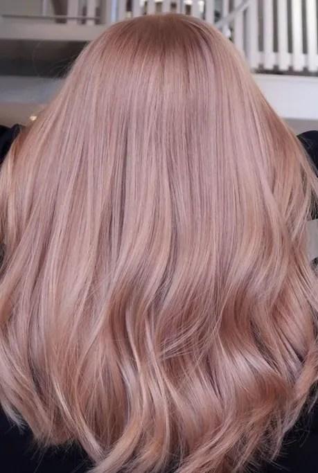 Medium hair Rose Gold Color Ideas for Women