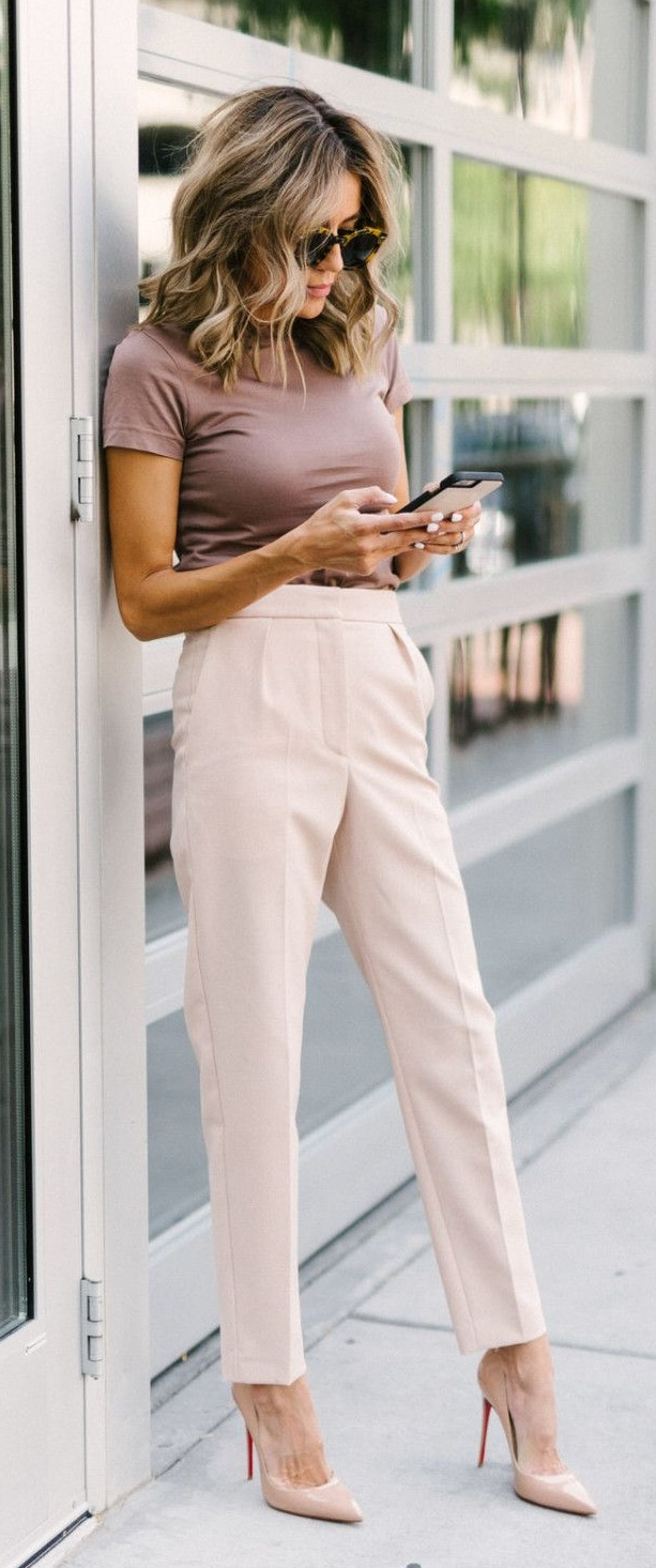 Casual and Easy Monday Workwear Outfit Ideas
