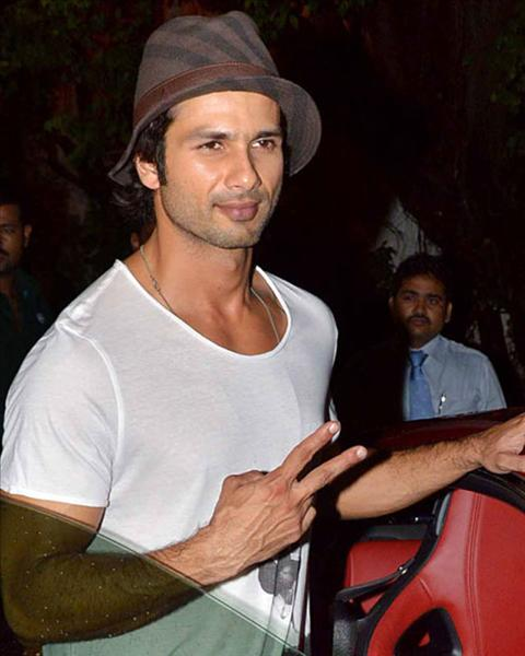 shahid kapoor with hat