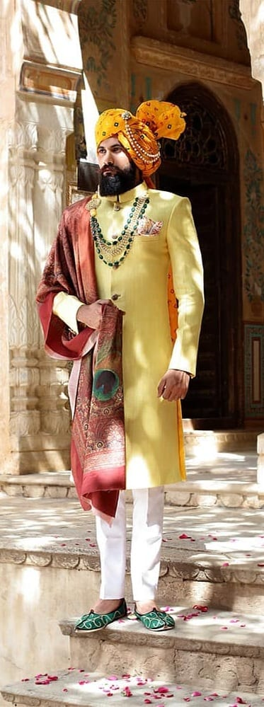 Royal Sherwani Outfit Ideas For Men