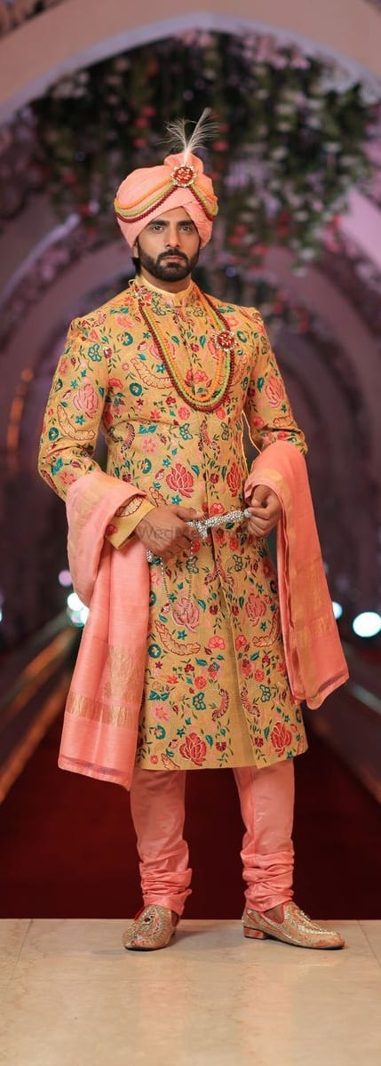 Stunning Wedding Outfit ideas for men