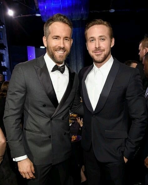 ryan reynolds & ryan gosling black suit look golden globes