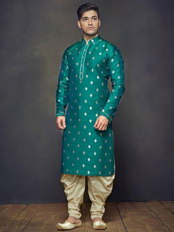 sherwani for mehndi