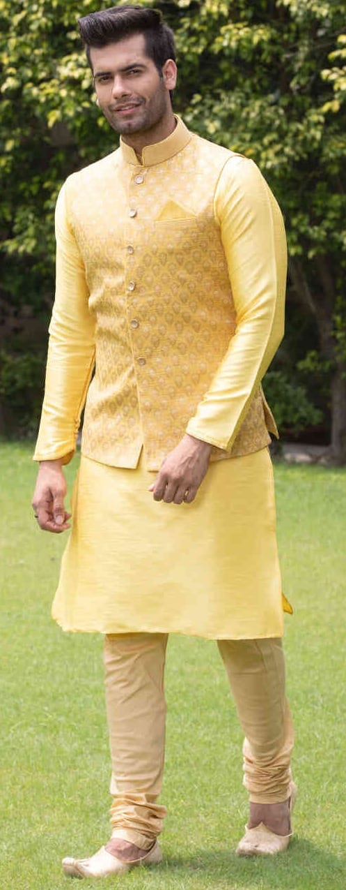 Haldi Ceremony Outfit Ideas For Men This Wedding Season