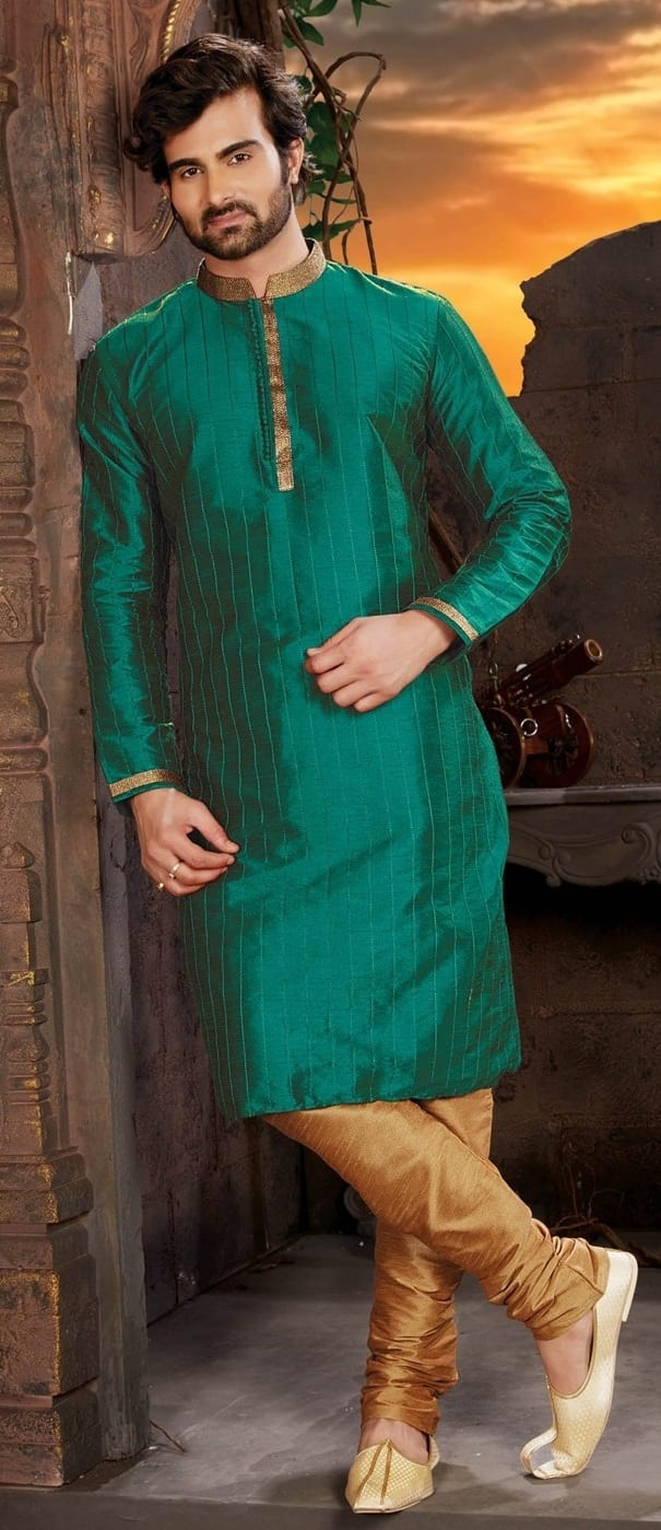 Mehndi Ceremony Outfit Ideas For Men This Season
