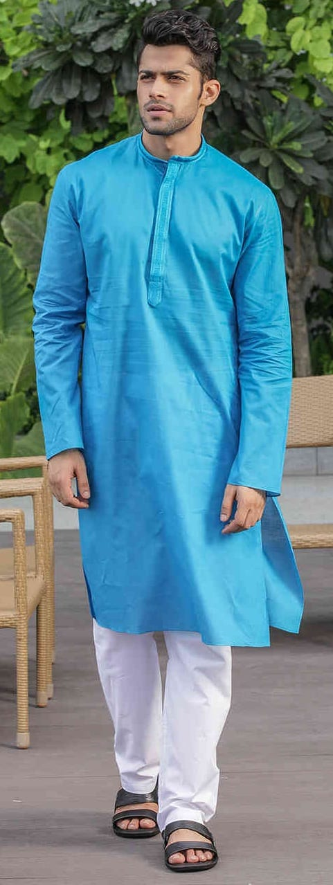 Simple Kurta Outfit Ideas For Men This Season