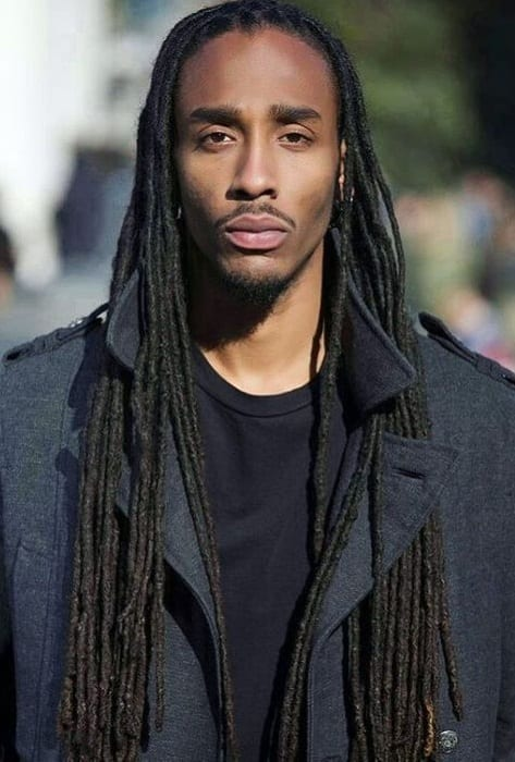 2 Sexy Ways To Flaunt Your Long Hair With The Long Dreadlock Hairstyle