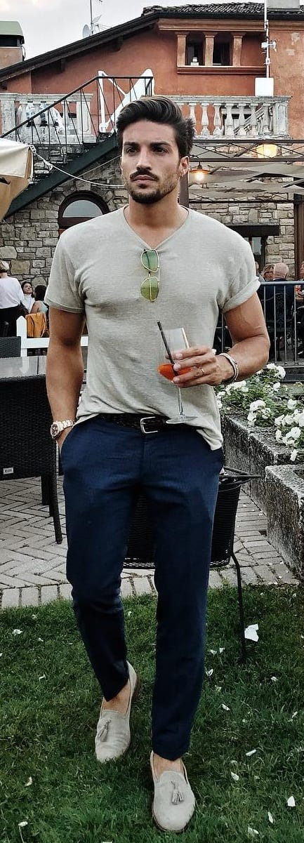 weekend outfit ideas- denim and t shirt
