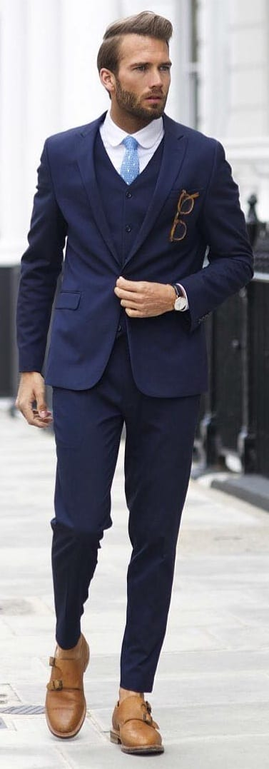 Formal outfit idea for men to try out