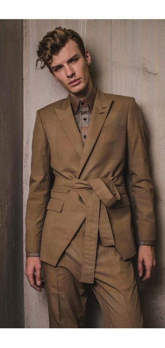 Cool Robe Suit Outfit Ideas For Men To Copy