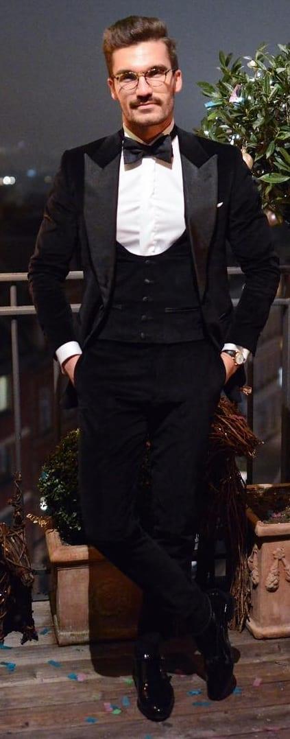 Black Suit Outfit Ideas For Men 2019