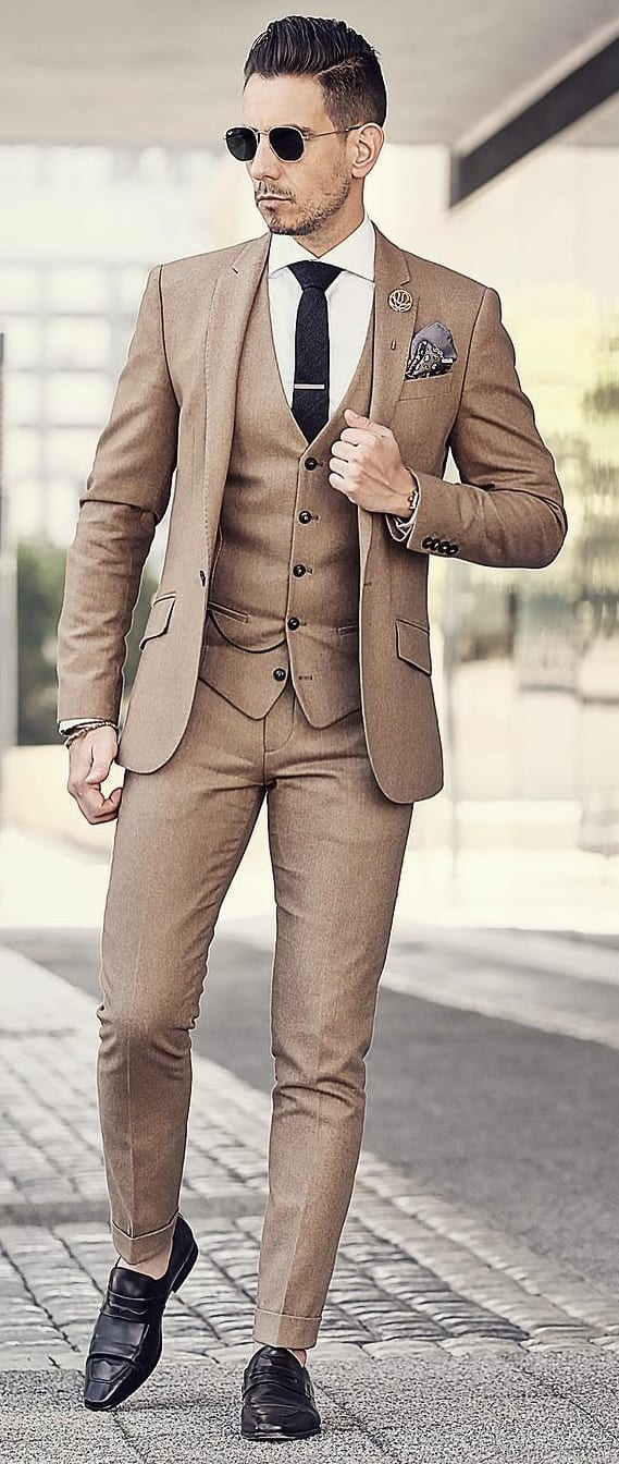 Khaki Suit Outfit Ideas For Men 2019.