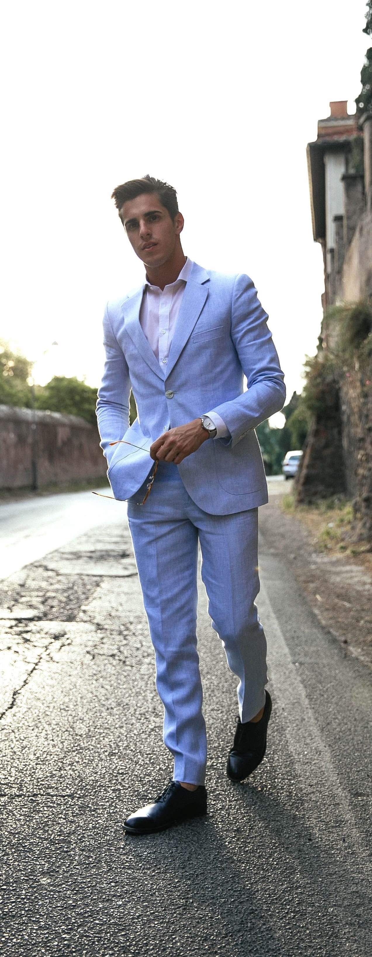 Summer Suits Ideas For Men To Try