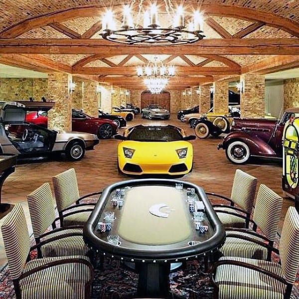 GARAGE IN THE LIVING ROOM