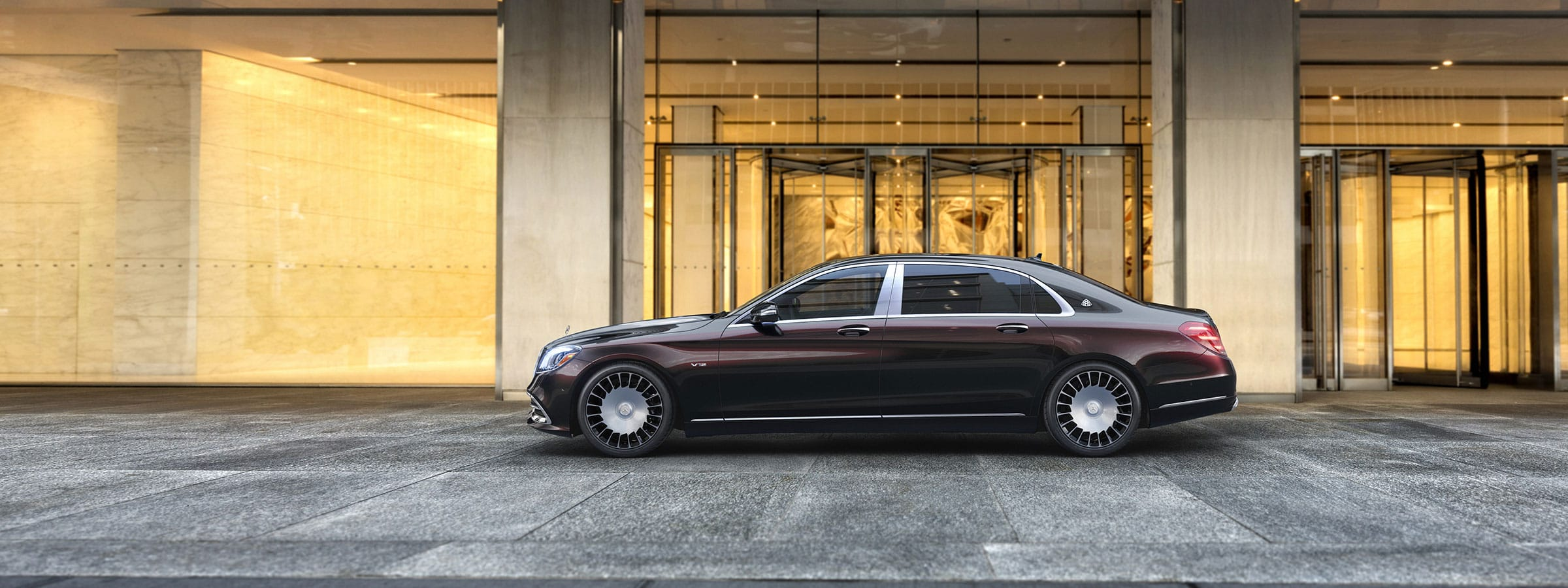 MERCEDES 2019 MAYBACH SEDAN CAR