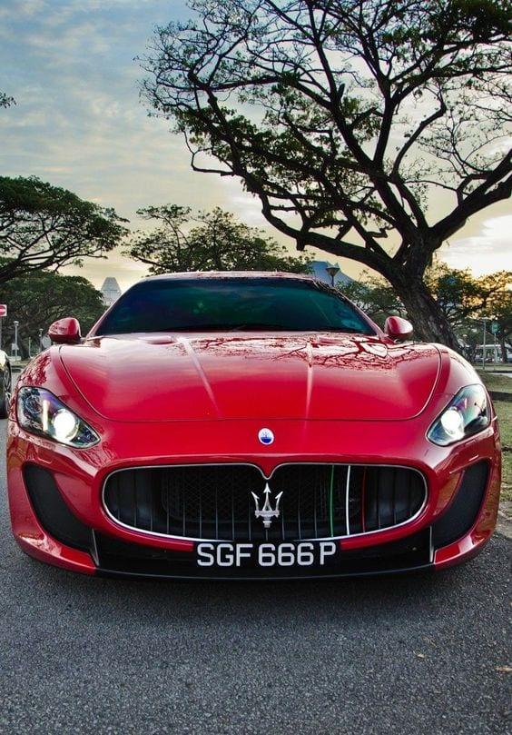 Maserati Gran Turismo red