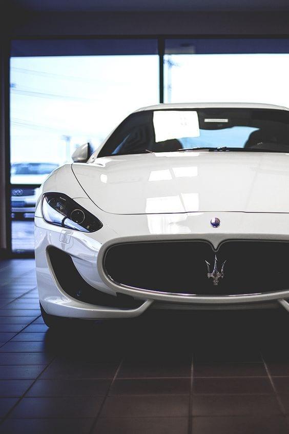 Maserati Gran Turismo white