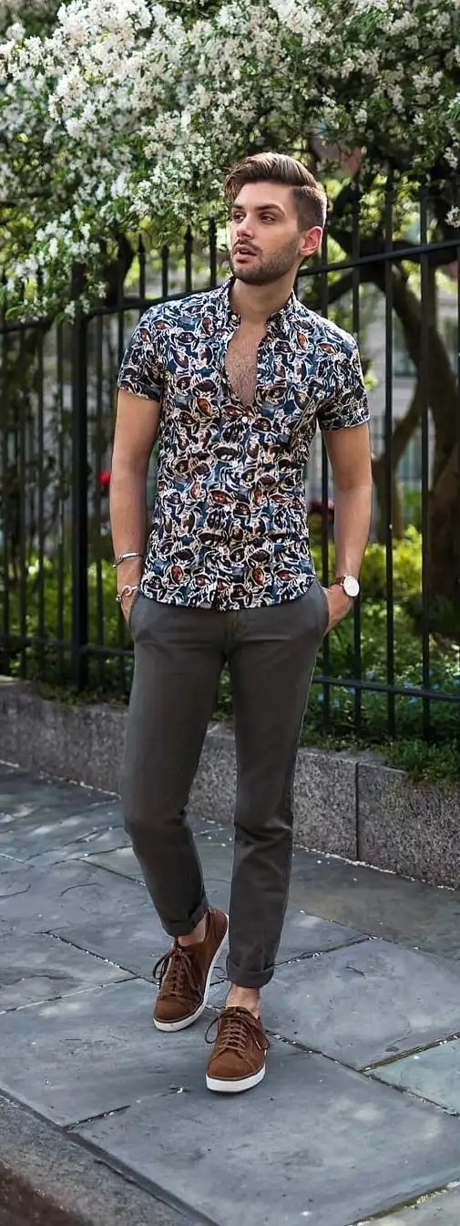 Simple Hawaiian Outfit Ideas For Men