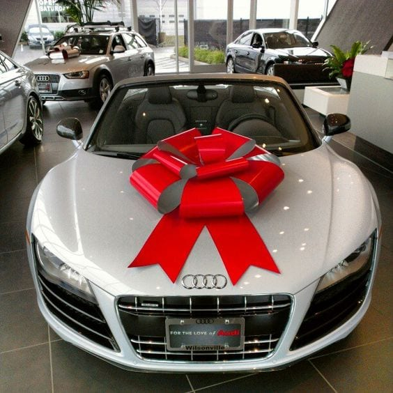 Audi R8 with a bow