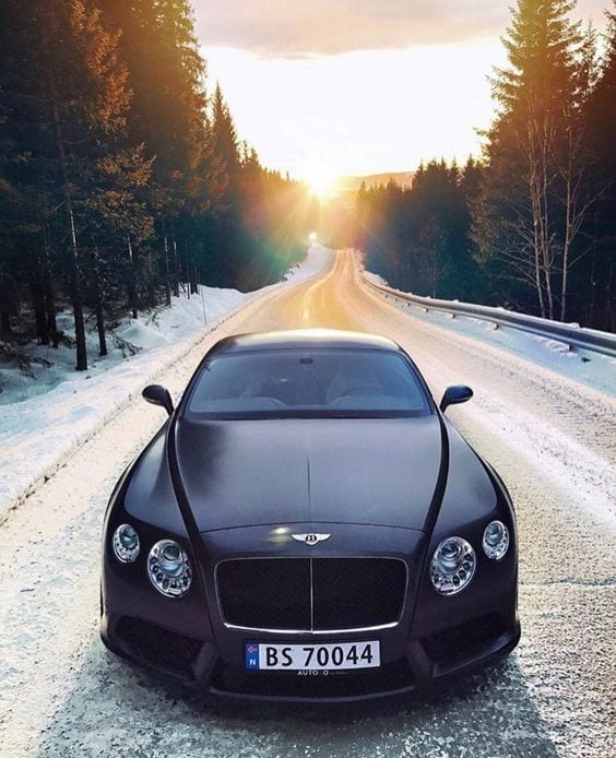 BENTLEY LUXURY CAR