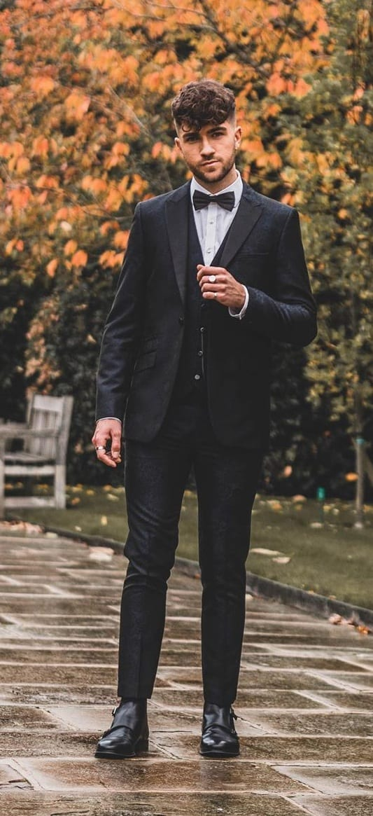 3 Piece Black Suit Outfit Ideas for New Year's Eve
