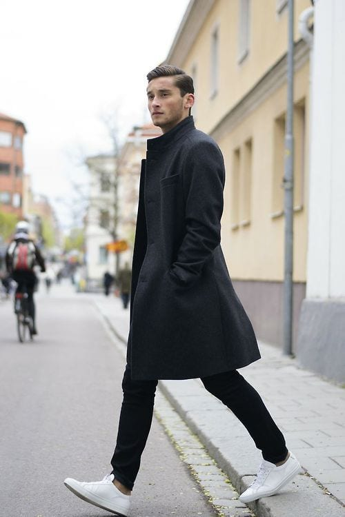 Black-Long-Overcoat-with-White-Sneakers-1