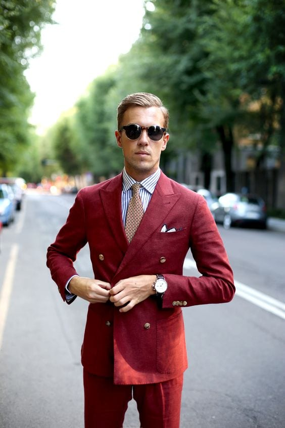 Isnt-this-Red Burgundy-Double-Breasted-Suit-smart-and-elegant-to-have-one-1