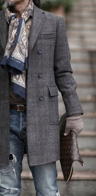 charcoal-Plaid-Combination-together-that-too-on-an-overcoat-