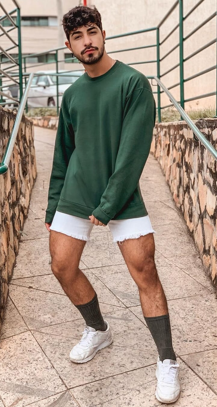 Sweater-Shorts-Gay-Fashion-Outfit-Ideas