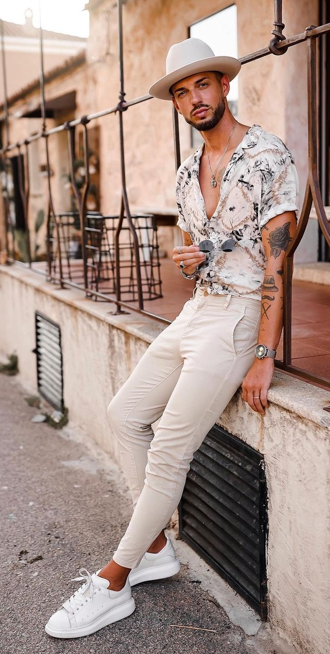 Top 15 Summer Outfit Ideas for Men 2021
