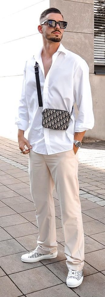 Loose baggy trousers for summer