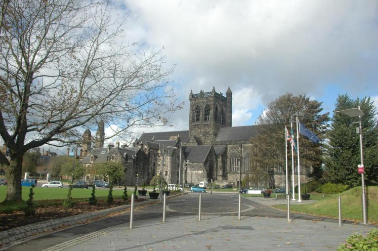 Paisley Abbey from Cotton Street