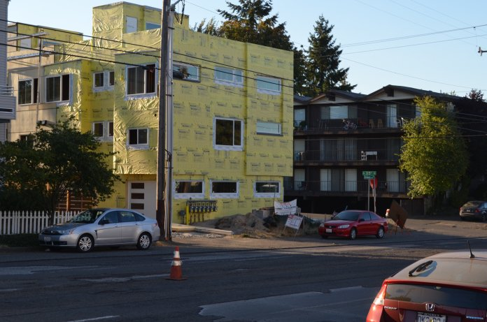 One of several new developments under construction between NW 112th Street and NW 120th Street. (photo by author)
