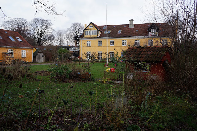 Christiania housing area courtyard occupying a former military area. (Roxanne Glick)