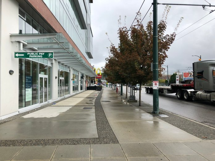BC Highway 1A features a sidewalk so wide you can provide café seating. (Image by the author)