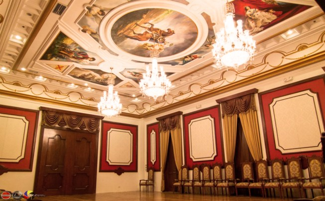 The Sala de Sessiones of the Ayuntamiento (courtesy of AXL Powerhouse Productions)