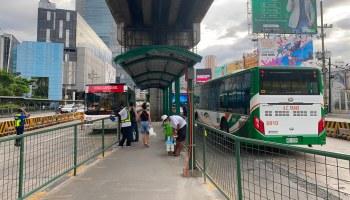 EDSA Carousel Ortigas bus stop