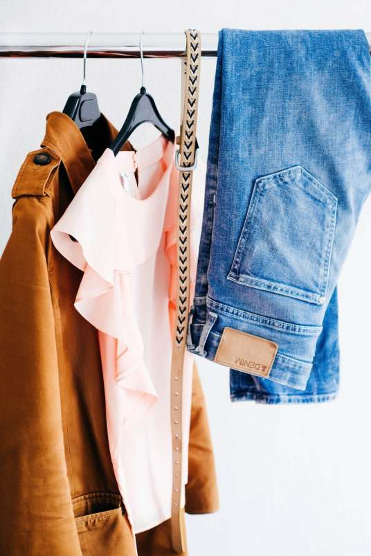 diy-capsule-wardrobe-guide