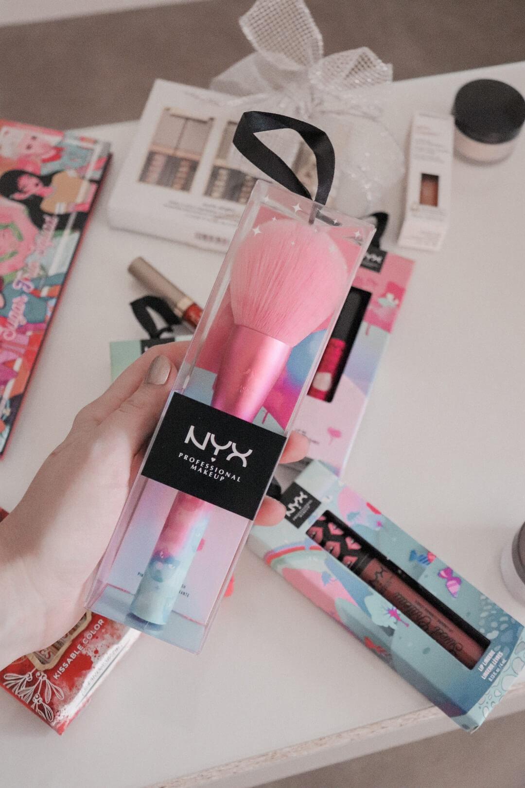 nyx-brushes-pink