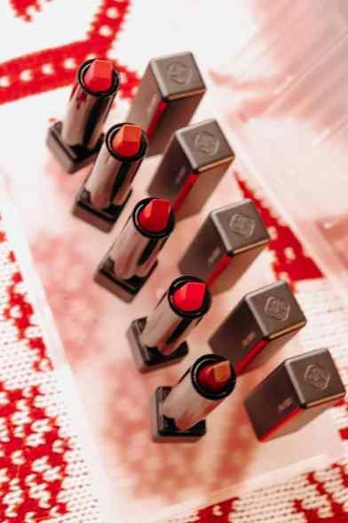 shiseido-modern-matte-lipstick-canada