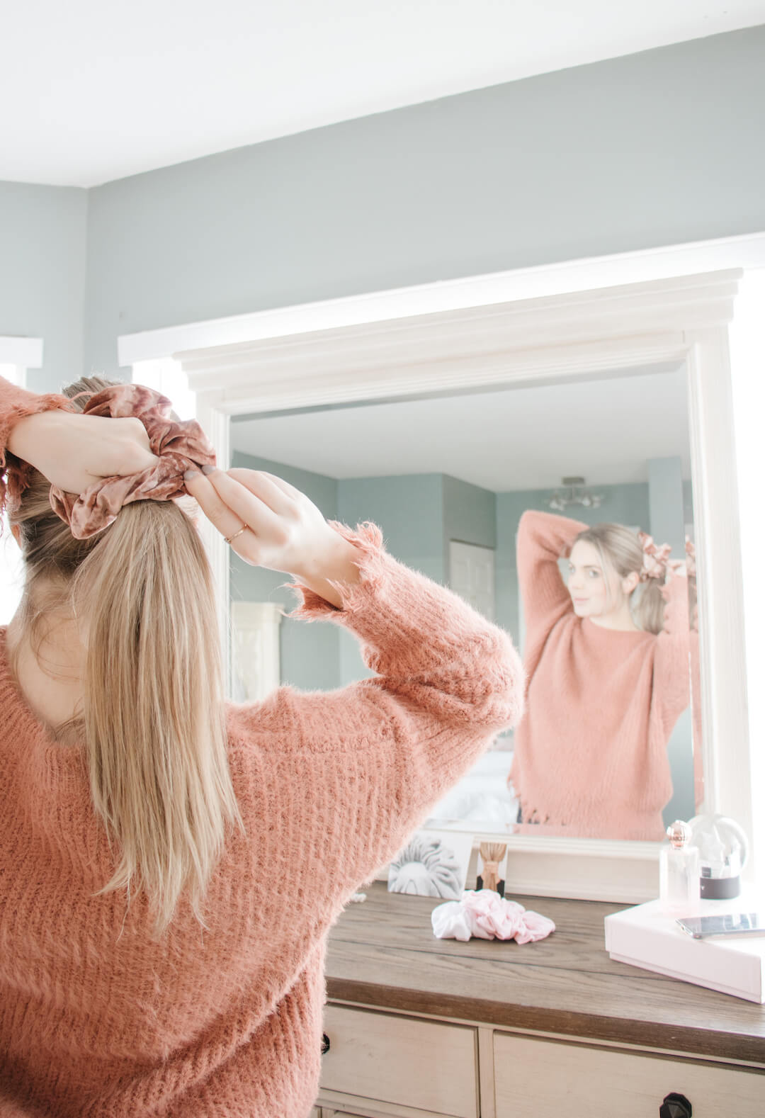 Cute Rose Gold Velvet Hair Scrunchies