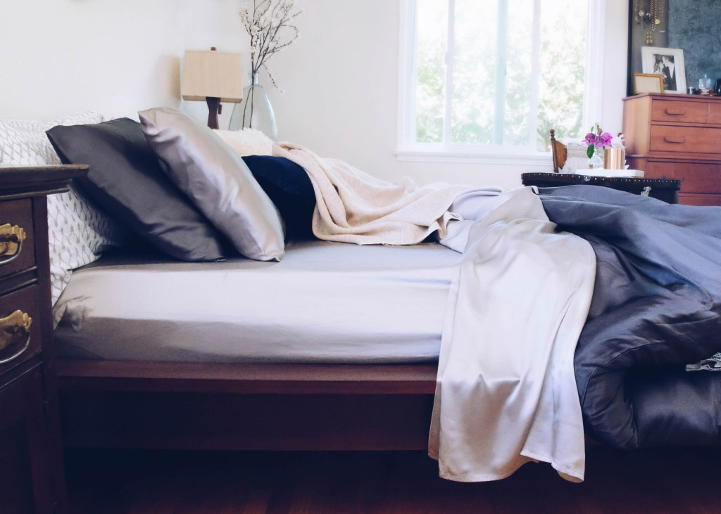 3-ways-to-style-a-luxe-bed-1