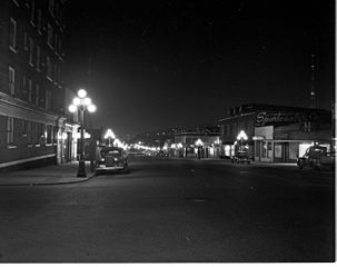 Seattle,_Second_Avenue_from_Blanchard_at_night,_1951