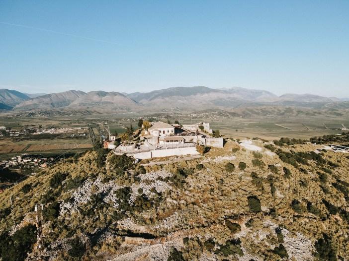 Lekuresi Castle