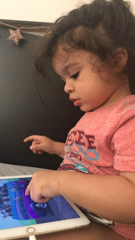 Why We Don't Limit Screen Time | www.thevegasmom.com