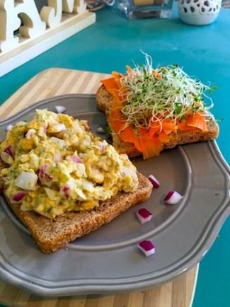 Chickpea Salad Sandwich | theVeggieGirl.com