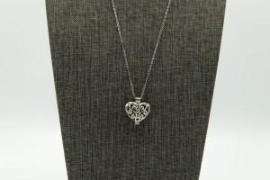 Scroll Heart Small Diffuser Necklace | The Vera Soap Company
