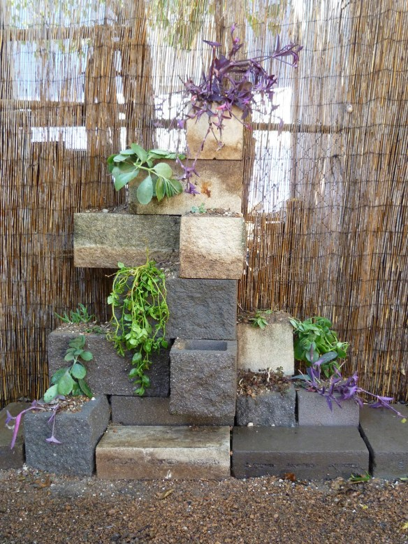 top 10 amazing and unusual cinder block planters. Black Bedroom Furniture Sets. Home Design Ideas