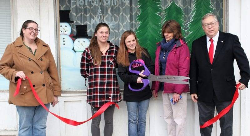 Lily Lane Opens For Business With Ribbon Cutting In Swanton